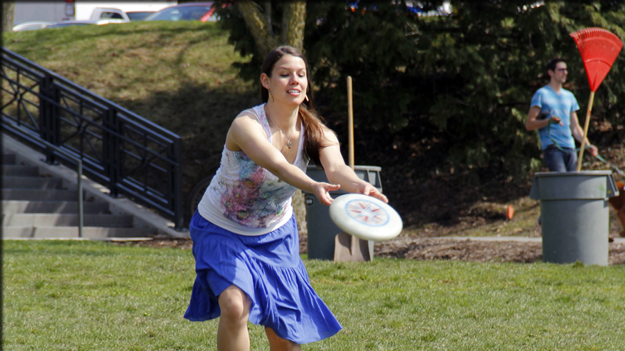 frisbe game