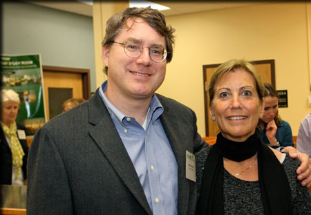 Robert '84 and Lisa Unsworth provided a gift that furnished a quiet study area in Moon Library