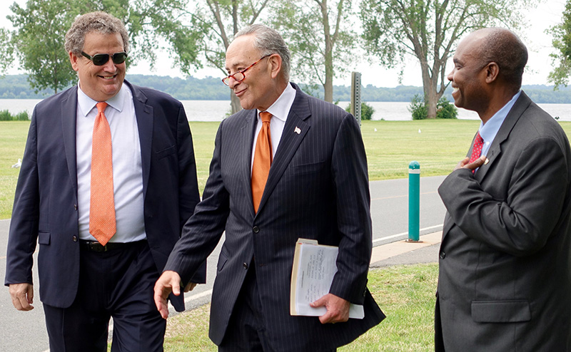 ESF President Quentin Wheeler, U.S. Senator Charles Schumer and ESF Provost and Executive Vice President Nosa Egiebor