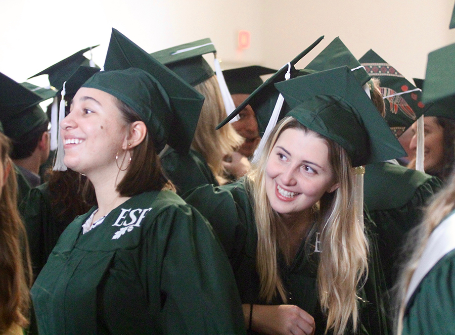 Graduates gather for 2018 December Commencement